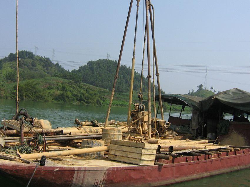 广西宜州至河池高速公路勘察江上钻探 2012-11-12